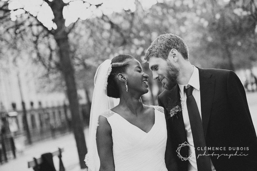 un joli mariage en bleu en automne à Paris