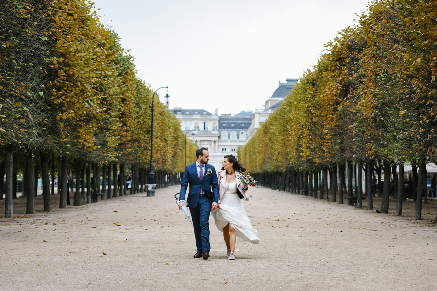 couple de mariés à Paris