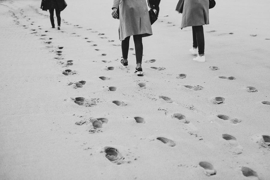 traces de pas sur le sable à Arcachon