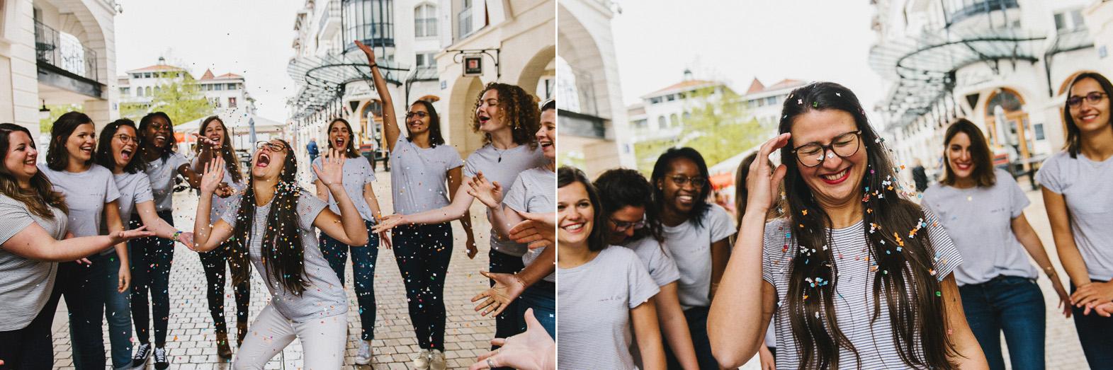 des femmes lancent des confettis sur la future mariée