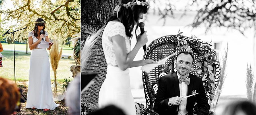 la mariée fait son discours pendant la cérémonie laïque