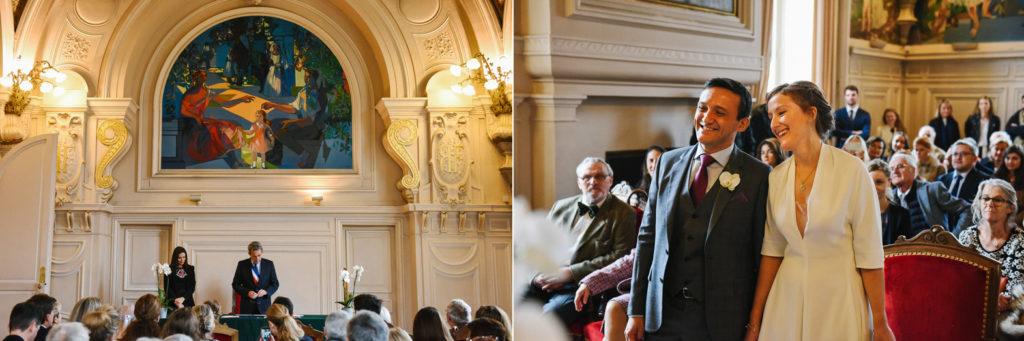 La cérémonie se déroule dans la salle des mariages de la mairie de Neuilly