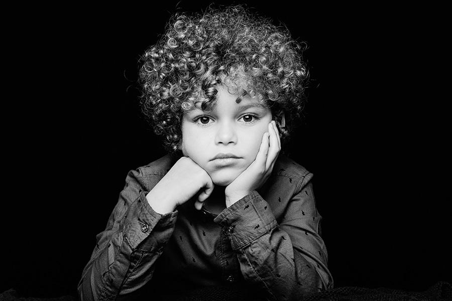 portrait d'enfant en studio dans le val d'oise